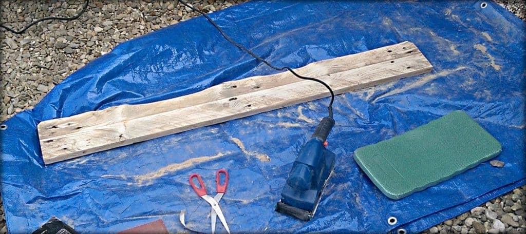 pallet plank sanding